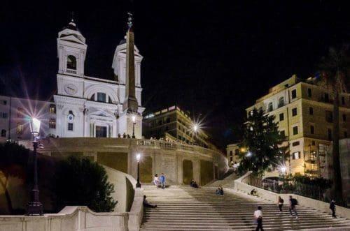 Xlite illumina la scalinata di trinita 39 dei monti xlite for Mainini arreda e illumina parma pr